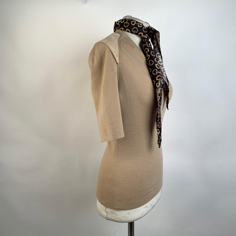 Gucci Beige Cashmere Short Sleeve Jumper Top with Scarf Size S For Sale 2