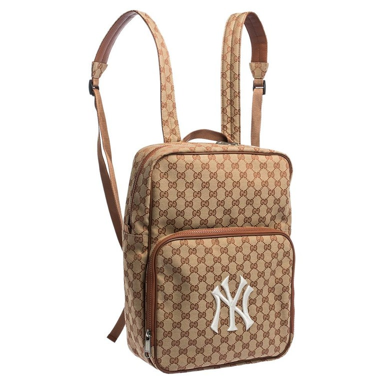 Women's Gucci Beige GG Canvas Medium NY Yankees Backpack For Sale