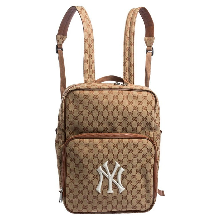 Gucci Beige GG Canvas Medium NY Yankees Backpack For Sale