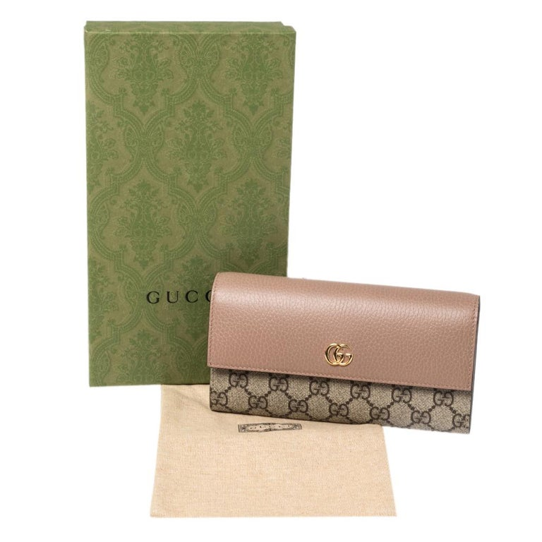 Gucci Beige GG Supreme Canvas and Leather GG Marmont Flap Continental Wallet For Sale 7