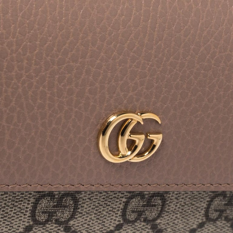 Gucci Beige GG Supreme Canvas and Leather GG Marmont Flap Continental Wallet For Sale 5