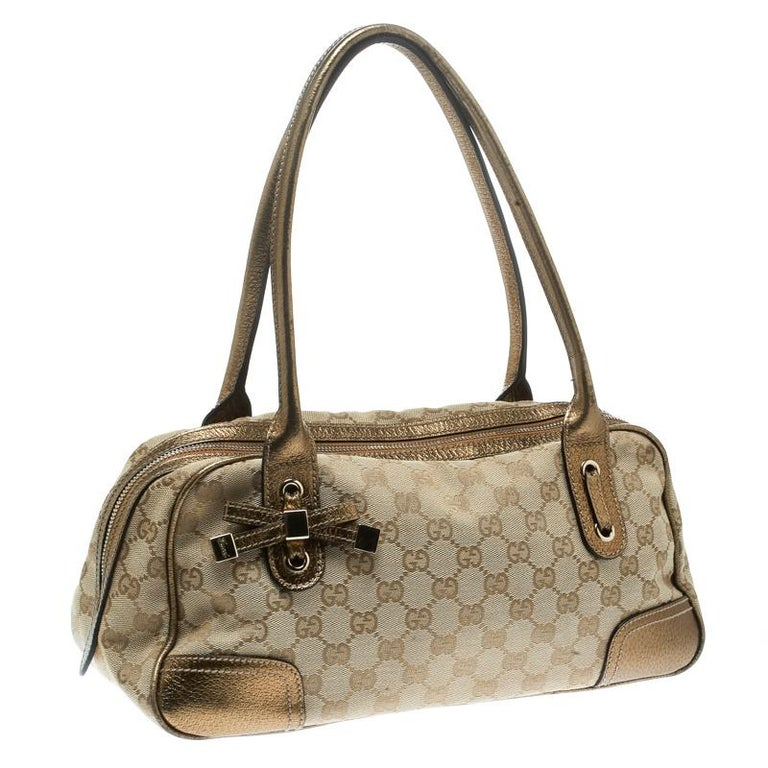 Women's Gucci Beige/Gold GG Canvas and Leather Princy Boston Bag For Sale