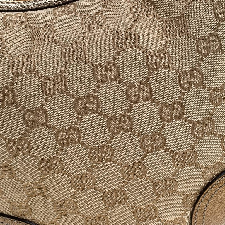 Gucci Beige/Gold GG Canvas and Leather Small Princy Hobo For Sale 4