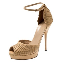 Gucci Beige Leather Taryn Peep Toe Ankle Strap Platform Sandals Size 37.5
