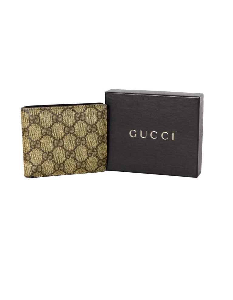 48cfaa6cab8 Gucci Beige Monogram Supreme Pact Men S Wallet At 1stdibs