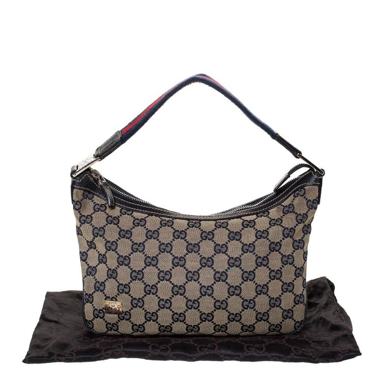 Gucci Beige/Navy Blue GG Canvas and Leather Web Shoulder Bag For Sale 7
