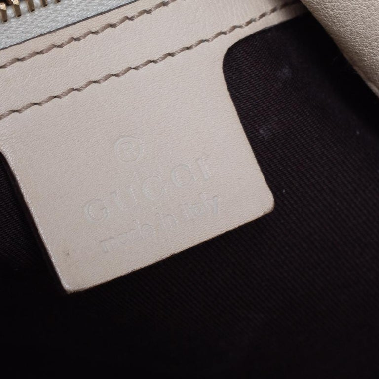 Gucci Beige/Off White GG Canvas Diana Bamboo Hobo For Sale 6