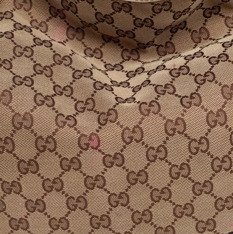 Gucci Beige/Off White GG Canvas Diana Bamboo Hobo For Sale 8