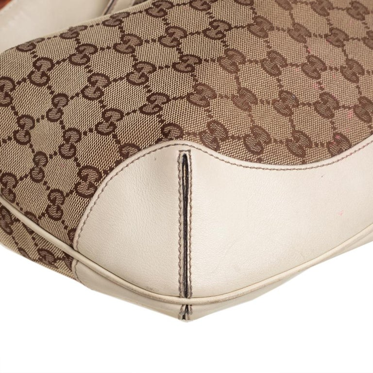 Gucci Beige/Off White GG Canvas Diana Bamboo Hobo For Sale 1