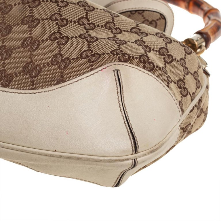Gucci Beige/Off White GG Canvas Diana Bamboo Hobo For Sale 2