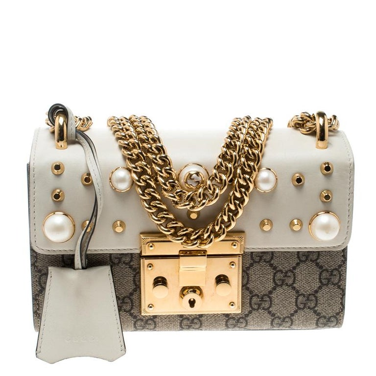 250b5542a9aec1 Gucci Beige/Off White GG Supreme Canvas Small Padlock Shoulder Bag For Sale