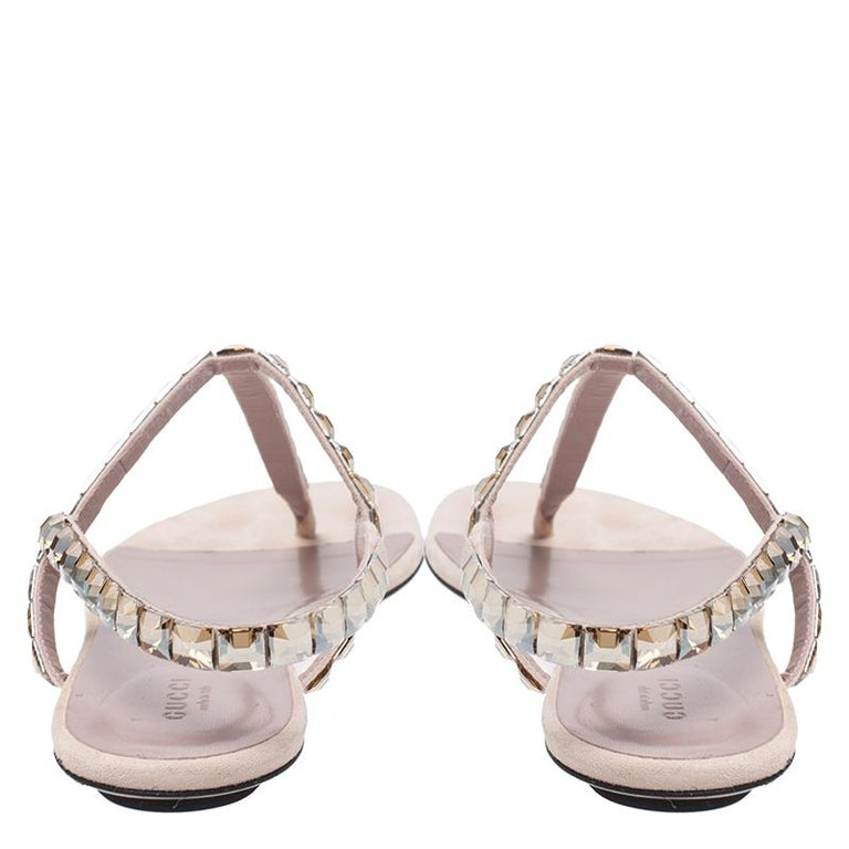 Women's Gucci Beige/Pink Crystal Embellished Suede Mallory Thong Flats Size 39.5 For Sale