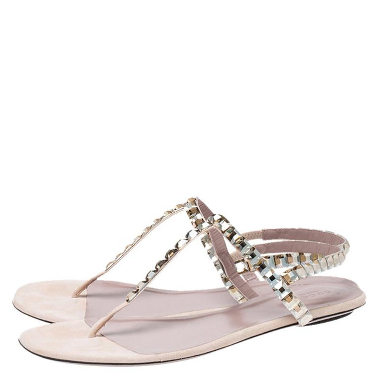Gucci Beige/Pink Crystal Embellished Suede Mallory Thong Flats Size 39.5 For Sale 1