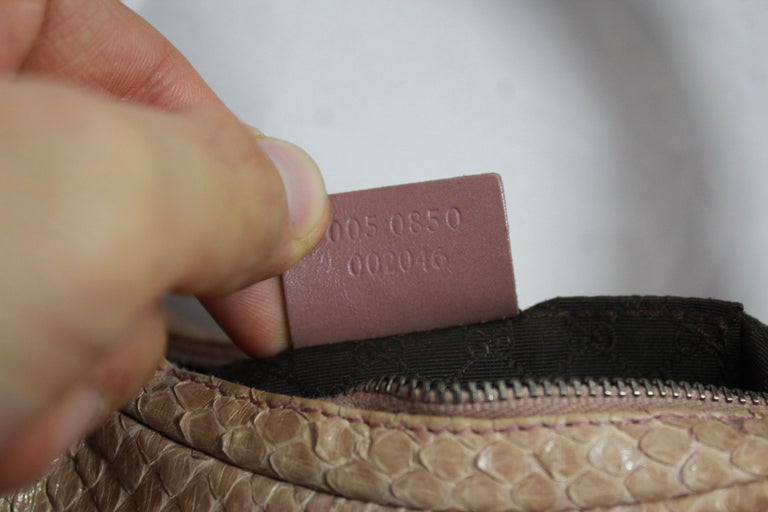 Gucci Beige / Pink Mini  Handbag in Python Leather For Sale 3