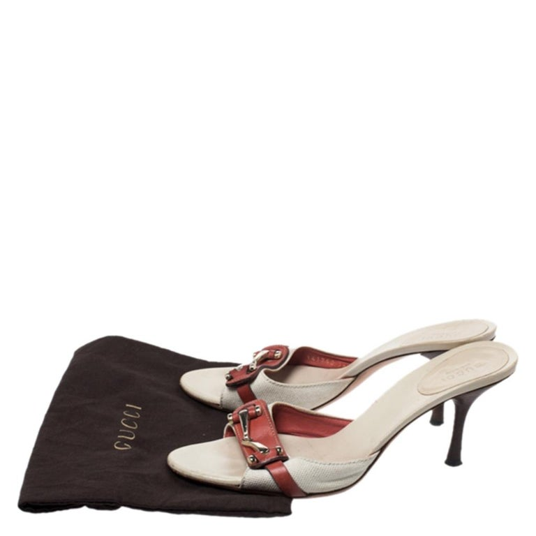 Gucci Beige/Red Canvas and Leather Open Toe Slide Sandals Size 38 For Sale 4