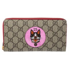 Gucci Beige/Red GG Supreme Limited Edition Bosco Patch Zip Around Wallet