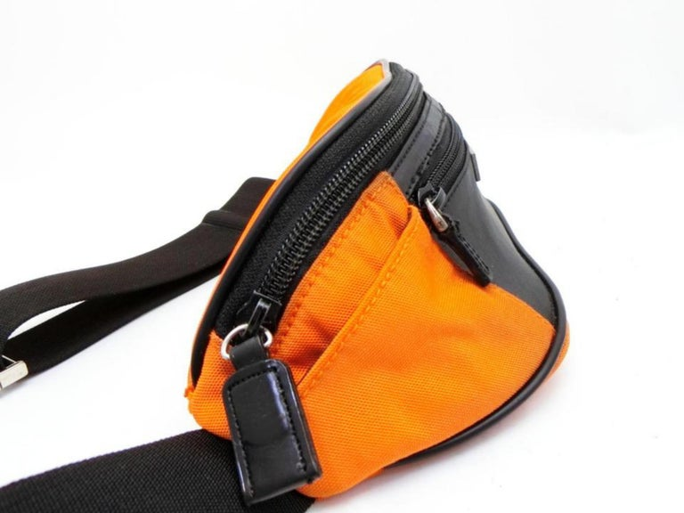 7bed70f7cb70 Gucci Bicolor Fanny Pack Waist Pouch Belt 232939 Orange Nylon Cross Body Bag  For Sale 2