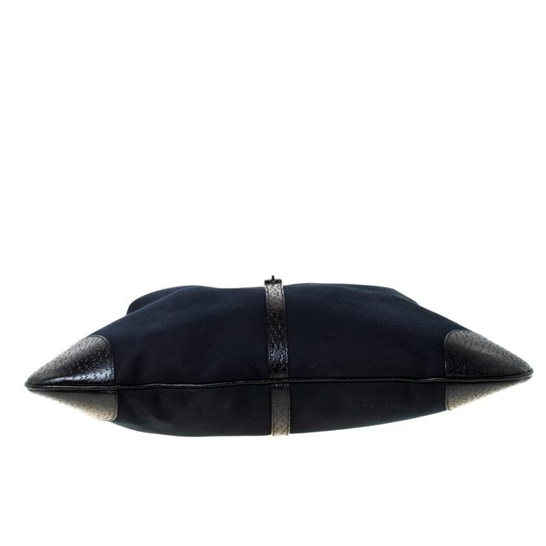Gucci Black Canvas and Leather Jackie Hobo For Sale 1