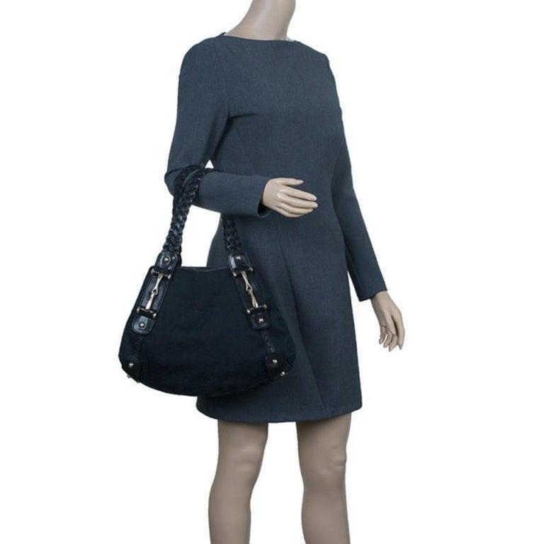 Gucci Black Canvas Medium Pelham Shoulder Bag In Good Condition For Sale In Dubai, Al Qouz 2