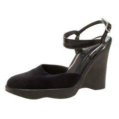 Gucci Black Felt Platform Wedge Ankle Strap Sandals Size 38
