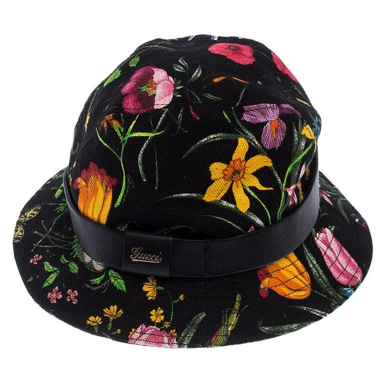 Gucci Black Floral Print Bucket Hat S In Good Condition For Sale In Dubai, Al Qouz 2
