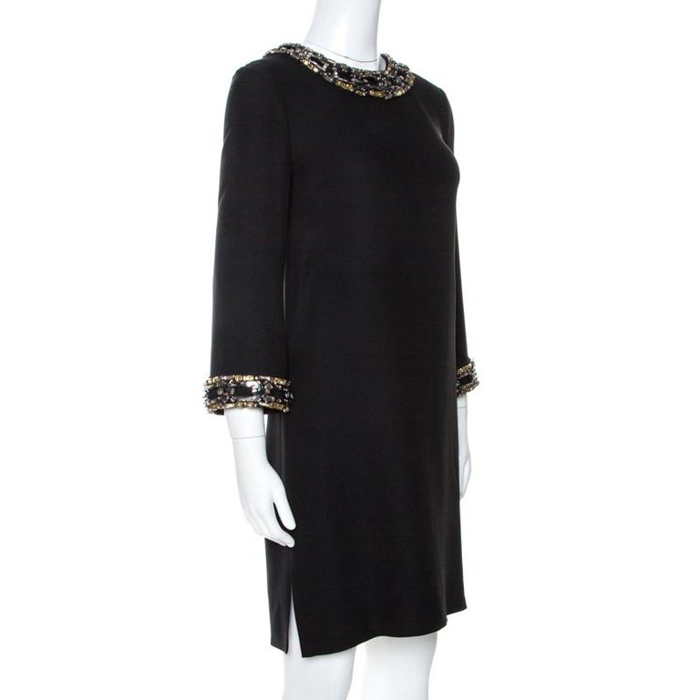 Gucci Black Fluid Silk Crystal Embellished Shift Dress S In Good Condition For Sale In Dubai, Al Qouz 2
