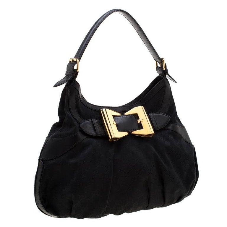 Gucci Black GG Canvas and Leather Queen Hobo In Good Condition For Sale In Dubai, Al Qouz 2