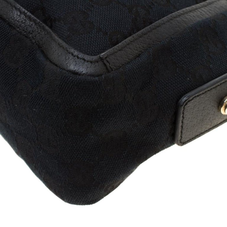 Gucci Black GG Canvas and Leather Small Abbey Shoulder Bag For Sale 2