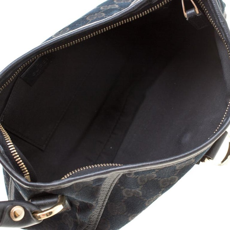 Gucci Black GG Canvas and Leather Small Abbey Shoulder Bag For Sale 4