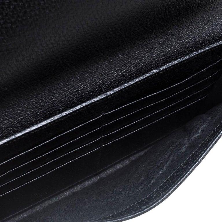 Gucci Black GG Canvas Web Stripe Clutch For Sale 7