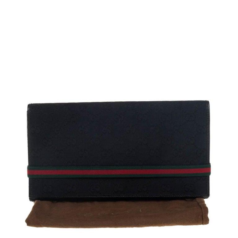 Gucci Black GG Canvas Web Stripe Clutch For Sale 2