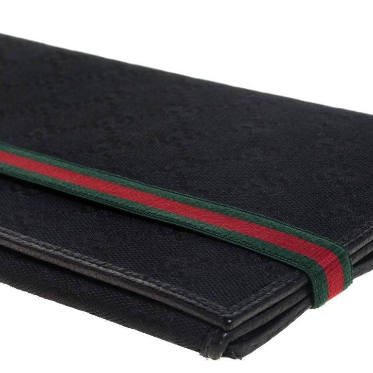 Gucci Black GG Canvas Web Stripe Clutch For Sale 5