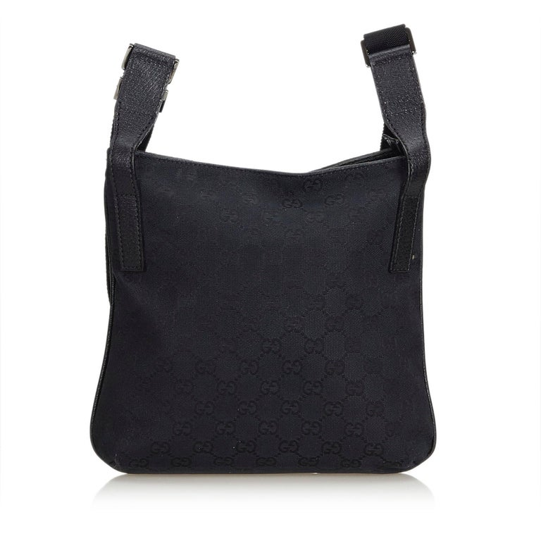 fb46a95ff07e Gucci Black GG Jacquard Crossbody Bag In Good Condition For Sale In Orlando