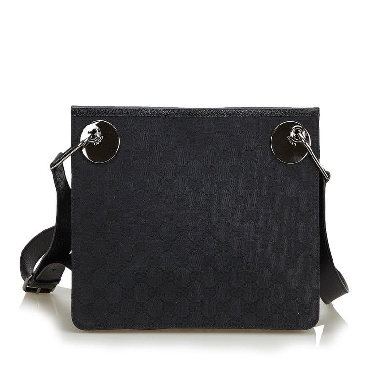 0ceb67a5594 Gucci Black Guccissima Canvas Eclipse Crossbody Bag In Good Condition For  Sale In Orlando