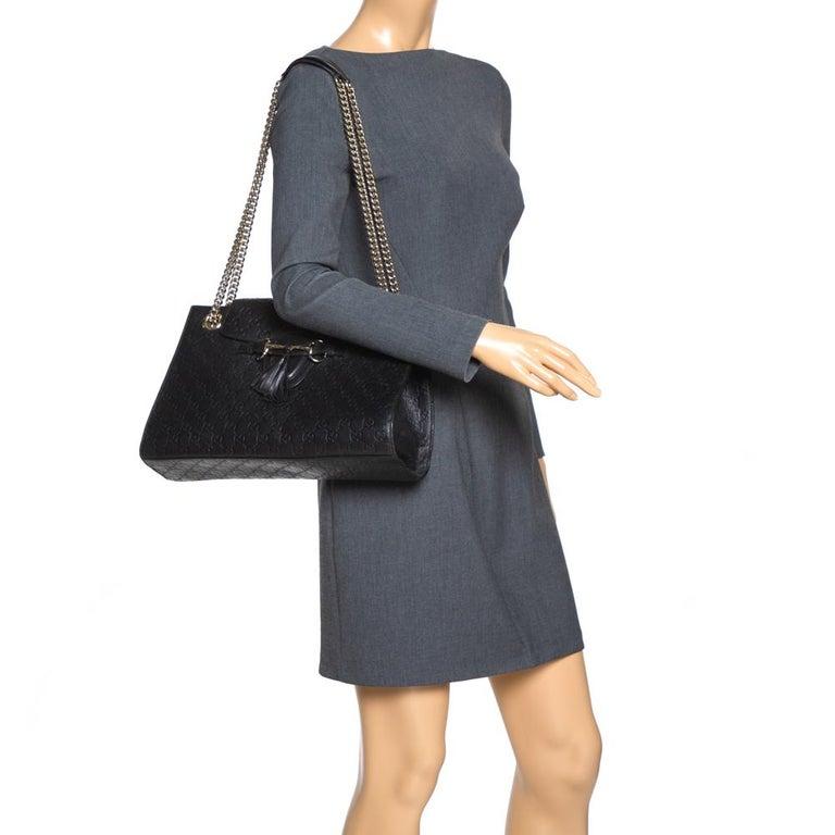 Gucci Black Guccissima Leather Large Emily Chain Shoulder Bag In Fair Condition For Sale In Dubai, Al Qouz 2