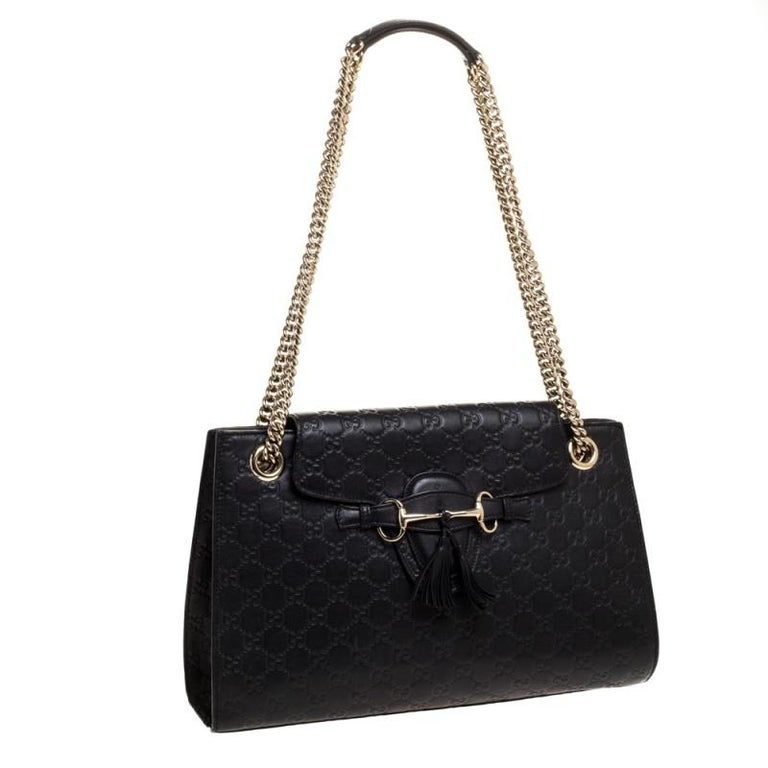 Women's Gucci Black Guccissima Leather Large Emily Chain Shoulder Bag For Sale