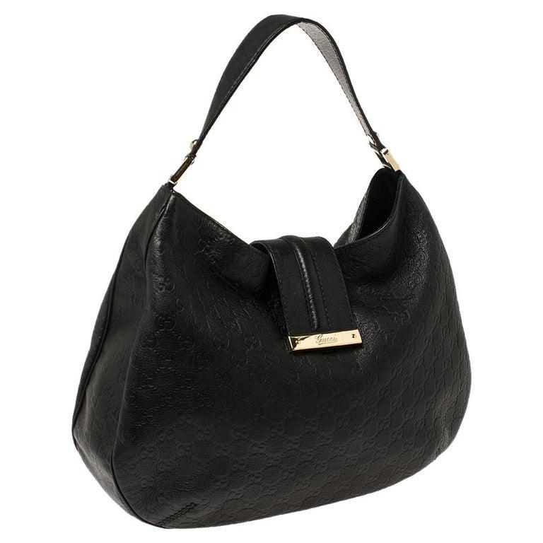 Gucci Black Guccissima Leather Medium Hobo In Good Condition For Sale In Dubai, Al Qouz 2