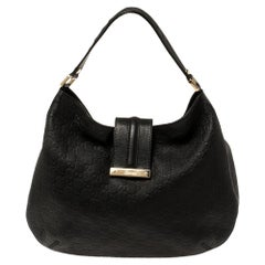 Gucci Black Guccissima Leather Medium Hobo