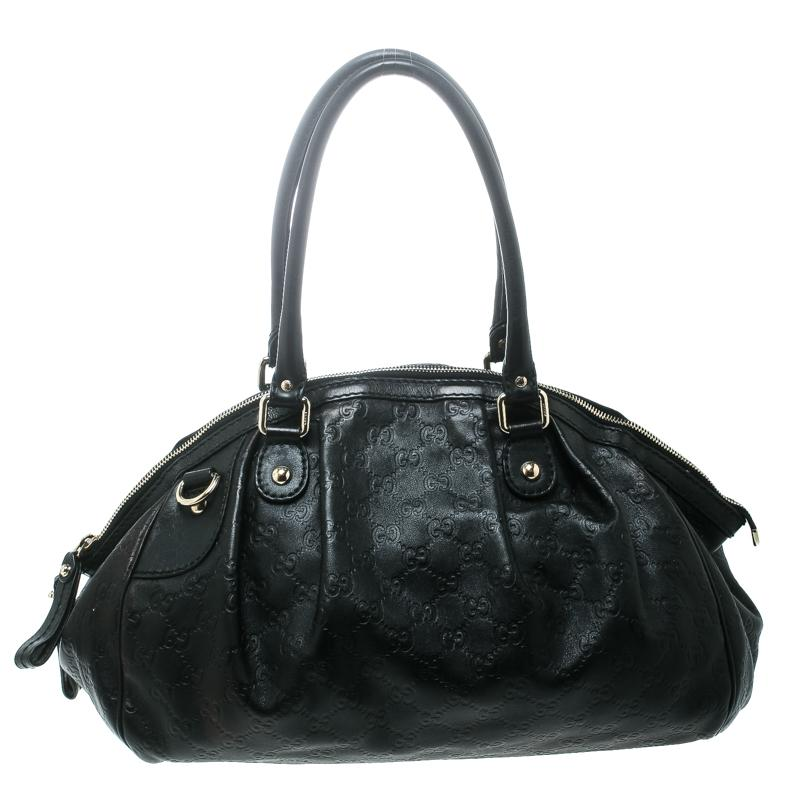42ee17cb1299 Gucci Sukey Bags - 26 For Sale on 1stdibs