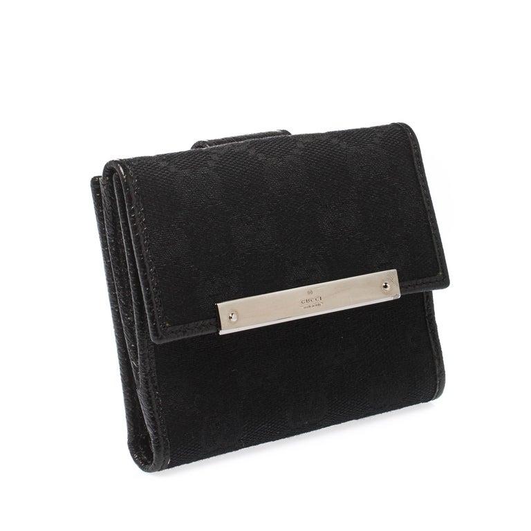 Gucci Black Guccissima Leather Mini Flap French Wallet In Excellent Condition For Sale In Dubai, Al Qouz 2