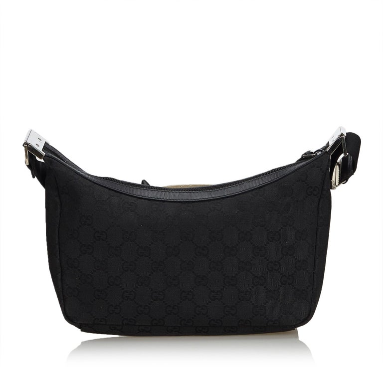 9be3f84c9b09 Gucci Black Jacquard GG Crossbody Bag In Good Condition For Sale In Orlando