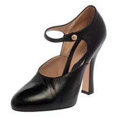 Gucci Black Leather Ankle Button Pumps Size 37.5