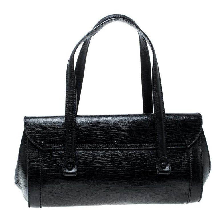 a3dbe7f1a31ba5 Gucci Black Leather Bamboo Bullet Satchel For Sale. Crafted by the best,  this Gucci bag lives up to its reputation. Revamp your