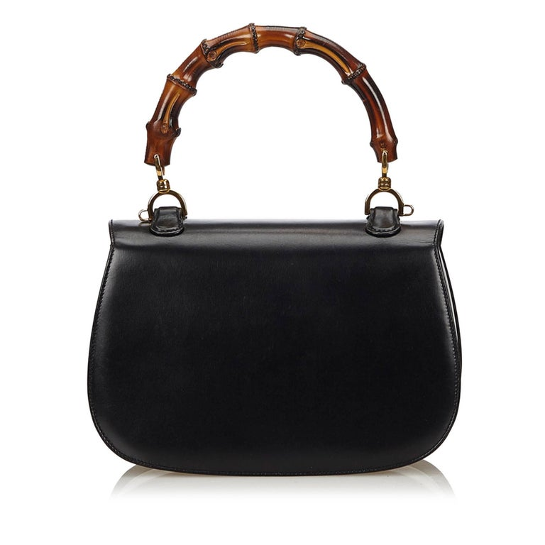 Gucci Black Leather Bamboo Handle Bag with detachable shoulder strap  In Excellent Condition For Sale In Sheung Wan, HK