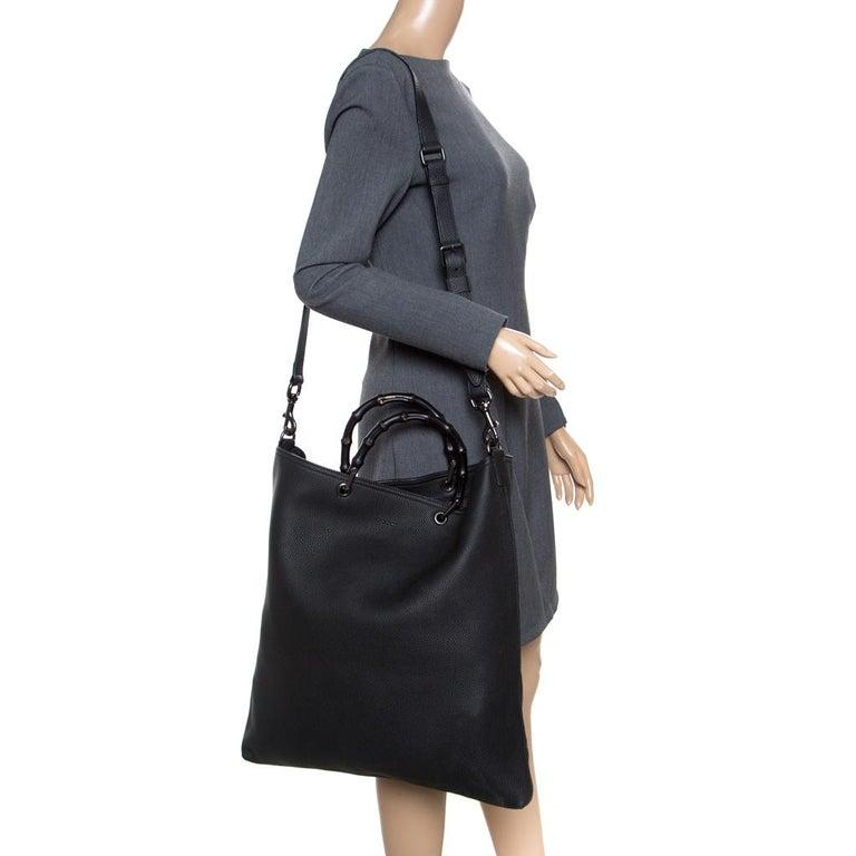 Gucci Black Leather Bamboo Top Handle Bag In Excellent Condition For Sale In Dubai, Al Qouz 2