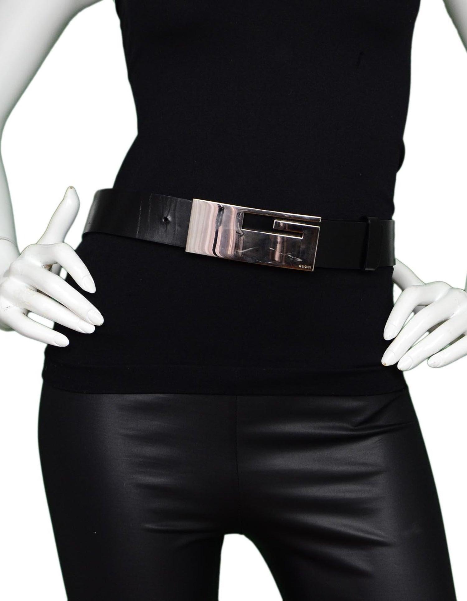 7fd501c47 Gucci Black Leather Belt W/ Silvertone XL G Logo Buckle 30/75 For Sale at  1stdibs