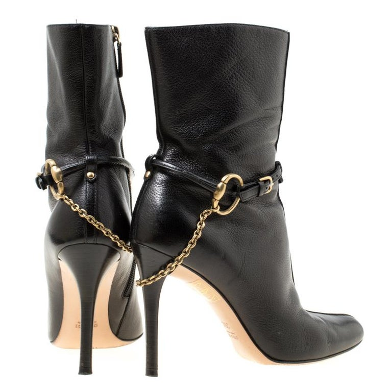 64c880358 Gucci Black Leather Chain Link Ankle Booties Size 36 In Good Condition For  Sale In Dubai