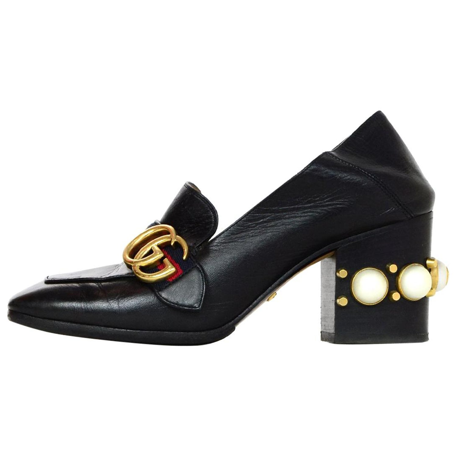 d6f272f05 Gucci Black Leather Collapsible Shoes W/ Faux Pearl Heels Sz 35.5 For Sale  at 1stdibs