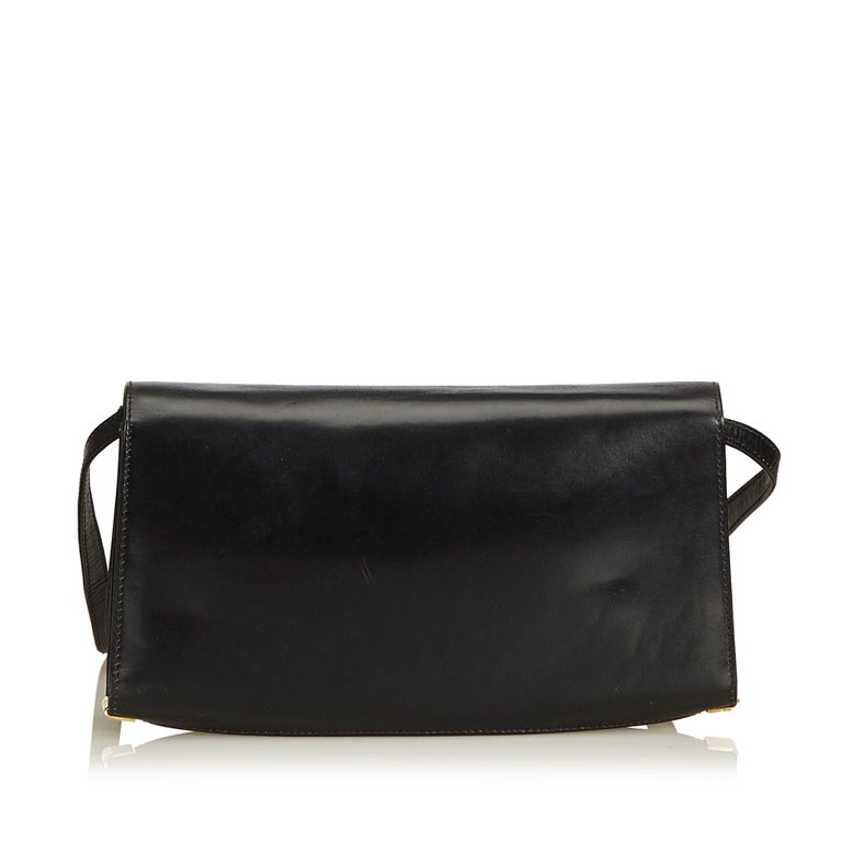 130af14cbe4 Gucci Black Leather Crossbody Bag In Good Condition For Sale In Orlando