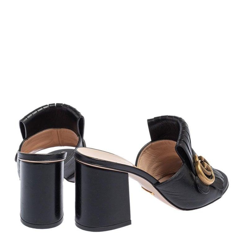 Gucci Black Leather GG Marmont Fringe Detail Open Toe Sandals Size 37 In Good Condition For Sale In Dubai, Al Qouz 2